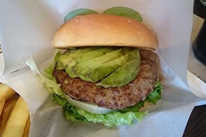 マクドナルドじゃない、もう一つのハンバーガーショップ...(n4)